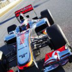 Jenson Button rueda en Jerez con el MP4-27