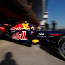 Webber sale a pista con el nuevo RB8