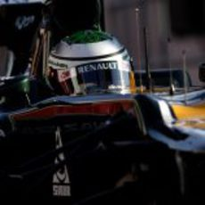 Primer plano de Heikki Kovalainen en su CT01