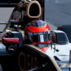 Romain Grosjean en su Lotus en Barcelona