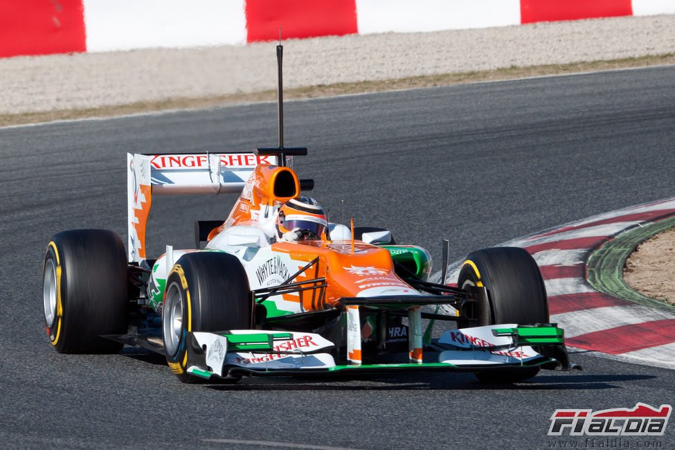 Nico Hülkenberg con el Force India en Barcelona
