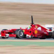 Felipe Massa rueda con el F2012 en los entrenamientos
