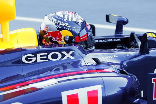 Sebastian Vettel en su RB8 en los test de Barcelona