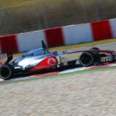 Lewis Hamilton rueda en Barcelona con el McLaren