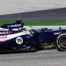 Bruno Senna al volante del FW34 en los test