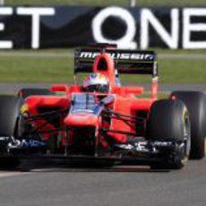 Timo Glock en Silverstone con el nuevo MR01