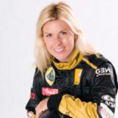 María de Villota con el mono de Lotus Renault GP