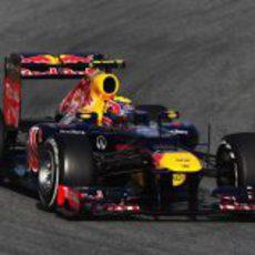 Webber rueda en Barcelona con el RB8