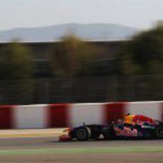 Vista lateral del RB8 de Mark Webber