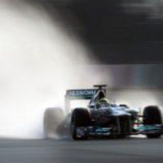 Rosberg bajo la lluvia de Barcelona