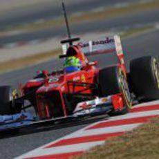 Felipe Massa recogiendo datos con su F2012