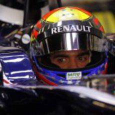 Maldonado se concentra en el 'box' de Williams