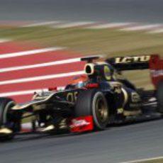 Romain Grosjean con su nuevo Lotus E20