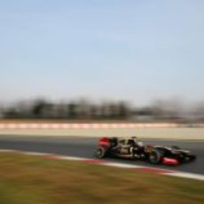 Kimi Räikkönen en Montmeló con el E20