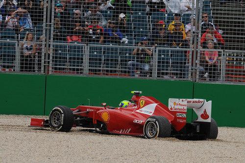 Salida de pista de Felipe Massa durante los Libres 1