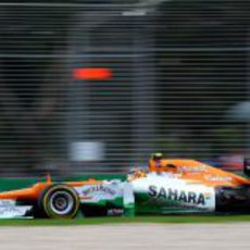 Nico Hülkenberg en su VJM05 en los libres del GP de Australia 2012