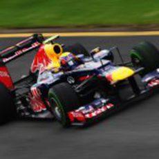 Mark Webber en el circuito de Albert Park con su RB8