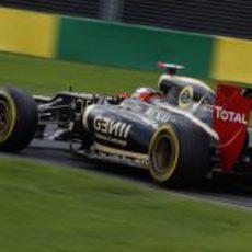 Kimi Räikkönen rueda sobre el trazado semiurbano de Albert Park