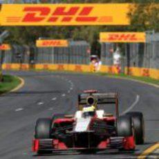 Pedro de la Rosa rueda durante la clasificación de Australia