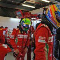 Fernando Alonso y Felipe Massa listos para la clasificación