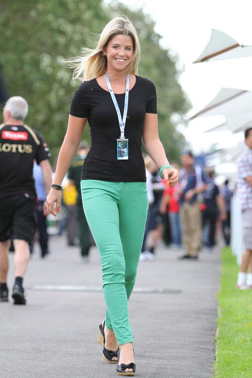 Isabell Reis, la novia de Timo Glock, en el GP de Australia 2012