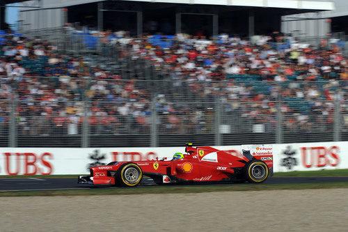 Felipe Massa rueda en Albert Park