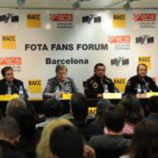 Jefes de equipo durante el Fota Fans Forum