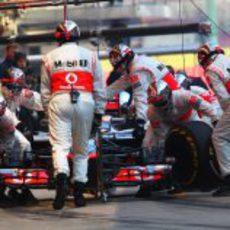 McLaren entrena los pit-stop
