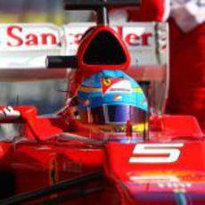 Primer plano de Fernando Alonso