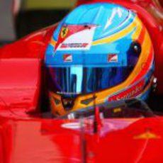 Fernando Alonso mantiene el diseño de su casco