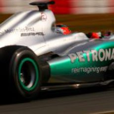 Michael Schumacher prueba su W03