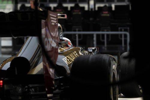 E20 de Kimi visto desde atrás