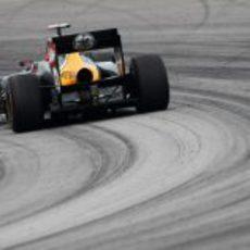 Kovalainen rueda en los libres 3 del GP de Malasia 2012