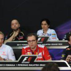 Rueda de prensa de la FIA el viernes en Sepang