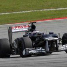 Valtteri Bottas rueda con el FW34