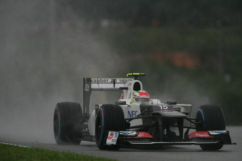 Sergio Pérez en la carrera del GP de Malasia 2012