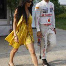 Nicole Scherzinger y Lewis Hamilton en el GP de Malasia 2012