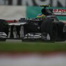 Bruno Senna al volante del FW34 en Sepang