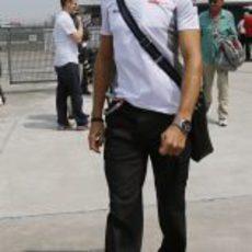Jenson Button llega al circuito de Shanghái