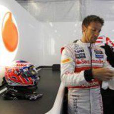 Jenson Button tras salir del MP4-27