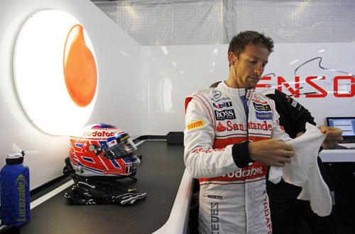 Jenson Button tras salir del MP4-27
