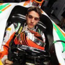 Jules Bianchi se sube por primera vez al VJM05