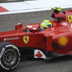 Felipe Massa a bordo del F2012 durante los entrenamientos libres del GP de China