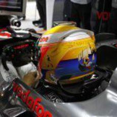 Nuevo casco de Lewis Hamilton en el GP de China 2012