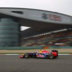 Sebastian Vettel rueda en la clasificación del GP de China