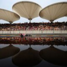 Bonita imagen del RB8 en Shanghái durante los libres
