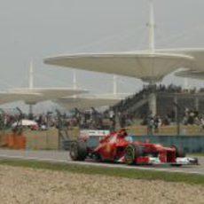 Fernando Alonso durante la clasificación del GP de China