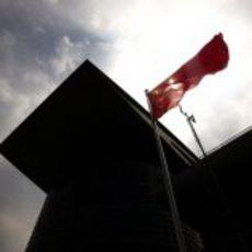 Bandera de China en la pista de Shanghái