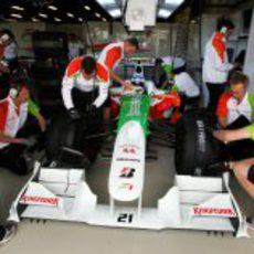 Los mecánicos de Force India
