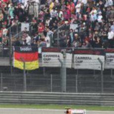 Nico Hülkenberg rueda en la carrera de China